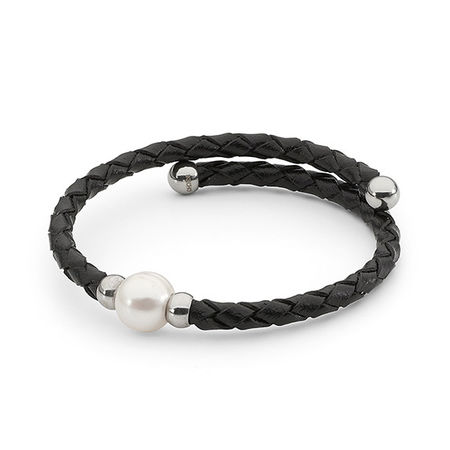 Black Leather & Pearl Bracelet