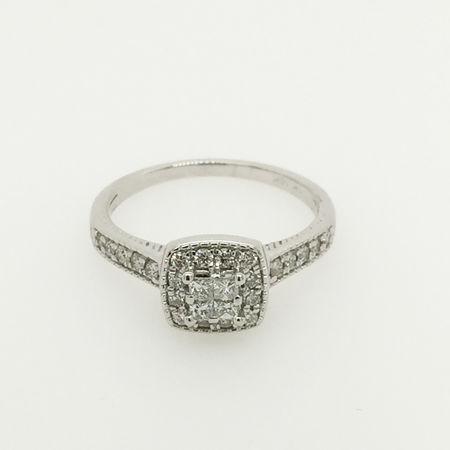 10ct White Gold Diamond Ring